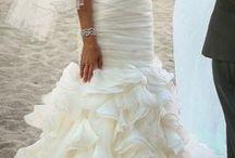 Wedding Ideas / Dresses, decor, themes etc