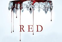 Lit- The Red Queen / The Red Queen triology by Victoria Aveyard