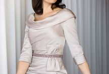 Ian Stuart Mother of the Birde outfits / Ian Stuart is a high fashion bridal designer who creates stunning Mother of the Bride outfits for the Mum looking for something different.