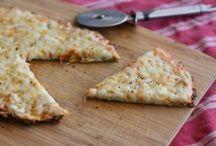 pizza di zucchine, di spinaci