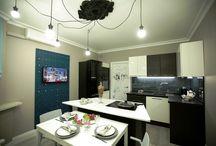 """Кухня по фэн-шуй / Дизайнер проекта """"Сделано со вкусом"""" создала просторную кухню по правилам фэн-шуй для молодой семьи, любящей проводить время на кухне."""