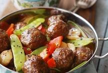 Favorite Recipes / by Lisa Nowlin Dubien