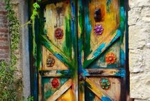 Doors that rock