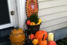 Halloween / Fall Decorations / by Evan Bradley