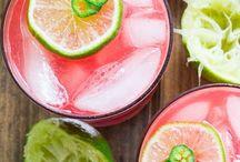 Drinks / by Linda Gonzalez