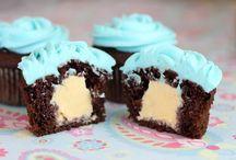 Cupcakes! / by MiMi B
