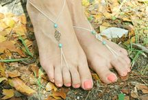 Footless sandals / by Lorraine Tuten