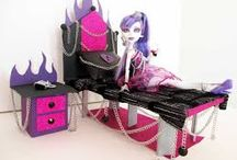 Monster High Spectra Haunted Mansion / by Andrea Reed