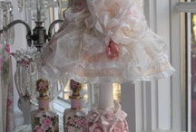 Shabby Chic / by Jiyoung