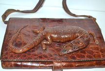 Vintage Alligator & Exotic Skin Handbags / Alligator, snakeskin, ostrich and pheasant handbags and purses - http://www.quirkyfinds.com/vintage-purses/reptiles-exotics-purses/