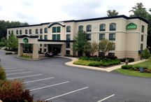 Hotels in Lake George / So many hotels, so little vacation time...