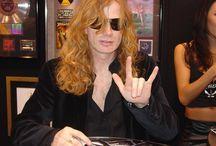 Megadeth x