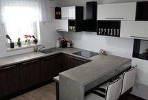 1. Topoľčany - REALIZÁCIE PORADCOV / Zdroj: Decodomácnosť 2015  Inšpirujte sa nábytkom z Vašich domovov, ktorý navrhli poradcovia predajne Dom nábytku Decodom Topoľčany .