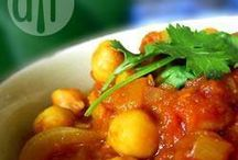Curry Recipes / Mild, medium and hot - we have all the curry recipes that will have your family coming back for seconds!
