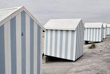 Cabines de plage  / Beach Cabins // Chalets balnéaires // Cabanes de bord de mer // Beach huts / by Monsieur Pop
