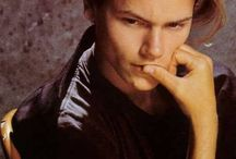 River Phoenix / So sad his isn't anymore