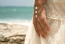 Hand jewellery