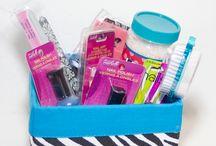 Gift Basket Ideas / by Kelli Hawkins