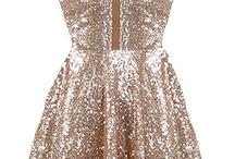 Dresses:) / by Teyah Lieser