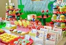 Boy's Videogame Inspired Party / videogame   super mario   boy   birthday   party   ideas   cake   decorations   themes   supplies   favor   invitation   cupcakes   cakepops