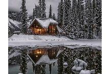> dreamed houses <