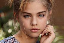 Jade Weber (Amy)