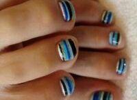 toe nails / by Jodi Stuard