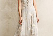 London Wedding / A wardrobe for an London wedding affair