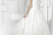 Beautiful Weddings / by Ashley Anne