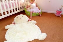 Plush Baby Tummy Time Play Mats / Huge plush animal tummy time play mats.  The perfect spot to rest your newborn, or your baby for tummy tummy and rolling over, or your toddler to lie on to watch telly or read.