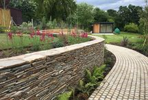 Amanda Broughton and Lanwarne Landscapes Project / Private garden designed by Amanda Broughton and built by Lanwarne Landscapes utilising our Buff Sandstone Paving, Yellow Paddlestone Walling and Yellow Granite Setts. http://www.ced.ltd.uk/private-gardens-projects/private-gardens-gallery/buff-sandstone6