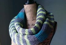How to Knit an Infinity Scarf / If you've ever wondered how to knit an infinity scarf, you've come to the right place! Browse lacy designs for spring and summer as well as chunky patterns for autumn and winter. You're sure to find a knit infinity scarf pattern that matches your style.
