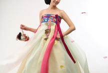Traditional Korean dresses / Soooooo purdddy