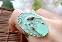 Jewellery / Beautiful gems and finished jewellery. / by Nadia Stööki