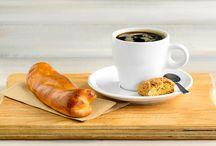 PIET's Brasserie / Lunchen, een kop koffie drinken of een korte stop maken onder het genot van een worstenbroodje? In Piet's Brasserie te Waalwijk verwennen we je met de lekkerste gerechten en broodjes. Alles is vers, puur en smaakvol. De brasserie is dé plek om even wat rust te pakken en samen te overleggen welke meubels jullie het mooist vonden. En dan snel door voor meer wooninspiratie! Of wie weet hebben jullie de knoop al doorgehakt?