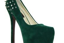 ze shoes fer vee dances!