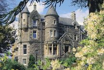 Castle Hotels in Perthshire - Experience the History / If you are planning a visit to Perth or a weekend away why not ensure that your trip becomes an experience by soaking up some history in one of many luxury castle hotels in the area.  Sleep like a King or Queen then explore all that Perth and Perthshire has to offer. Here are some suggestions for the perfect place to stay