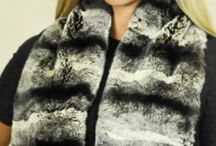 Women Fur Scarf / A soft and warm #Scarf made of silky fur:  a #glamorous accessory that in addition of keeping you warm, will add an extra touch of class to any #outfit.