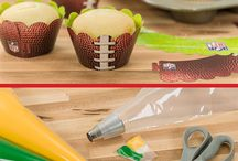 Superbowl Party Ideas / Fun, quick, easy Superbow Pary Ideas for food, decorations, games, drinks and invitations.