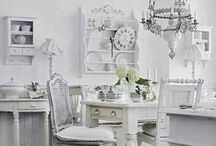 Casa Shabby Chic en blanco puro
