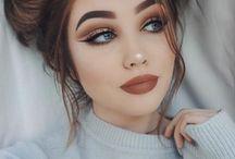 Makeup. / M a k e u p