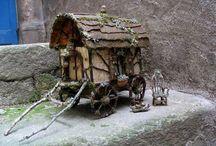 Mini Fairy Garden Gypsy Wagons / DIY Miniature gypsy wagons for fairy gardens.
