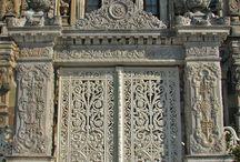 Portas, portões e portais