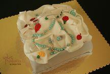 Kadın ve Erkek / Pasta-Kurabiye-Cupcake