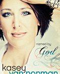 Books Worth Reading / by Kelli Johnson