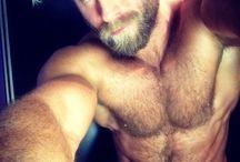 Wooferness / Beautiful, furry, bearded boys <sigh>