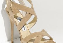 Zapatos / by Lucia Millan Sanchez