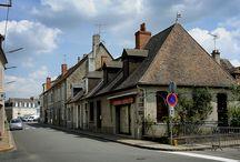 Gouzon / Gouzon, village étape, est une commune française située dans le département de la Creuse et la région Limousin.