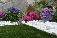 hierba artificial / Mas fotos de jardines y terrazas con hierba artificial en este tablero #hierbaartificial #hierba_artificial #hierba #artificial
