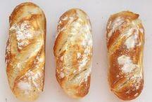 Brötchen und Brot